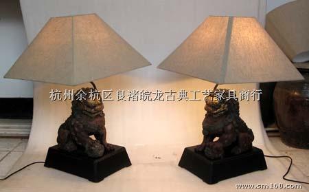 【供应klp-088铸铁狮子手工艺台灯】灯具灯饰批发图片