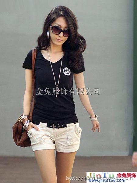 青岛即墨路小商品批发市场中国t恤批发市场时尚t恤青