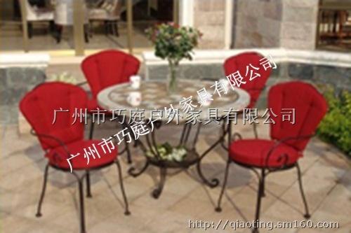 【三亚欧式田园环保铁艺桌椅休闲户外铸铁桌椅】庭院