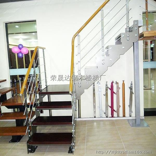 【钢木楼梯踏毯的安装方法和作用】楼梯及配件