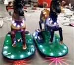 新款广场电动发光车碰碰马碰碰摇摆马碰碰摇摇马