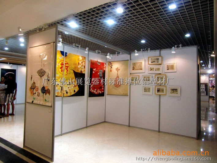 供应展览厅展馆,展会,八棱柱展览,书画屏风展板 画展展示架