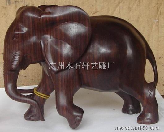 温馨提示: 以上是关于木雕大象的详细介绍,产品由广州木石轩艺雕厂为您提供,如果您感兴趣可以联系供应商或者让供应商主动联系您,您也可以查看更多与木制工艺品相关的产品!