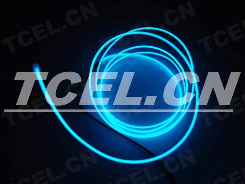 产品说明: EL冷光线、EL发光线(又称冷电霓虹管、也称电致发光线 EL冷光线透明蓝光)。EL冷光线是在原已开发成功的EL冷光片的基础上独辟溪径进一步实施技术革新而研制的: 规格:1.0mm、1.3mm、2.3mm、3.2mm、4.3mm、5.0mm。 主要应用: 汽车座垫、座套、方向盘套、桃木装饰、仪表框装饰、汽车内部装饰、汽车摆挂饰。 计算机透明机箱内外部装饰、数据线缠绕、鼠标装饰、键盘装饰。 圣诞树装饰、圣诞卡、圣诞礼品、节日礼品。 电子闪光玩具、闪光霹雳眼镜、闪光宠物带、背包、帽子、手袋、衣服、鞋