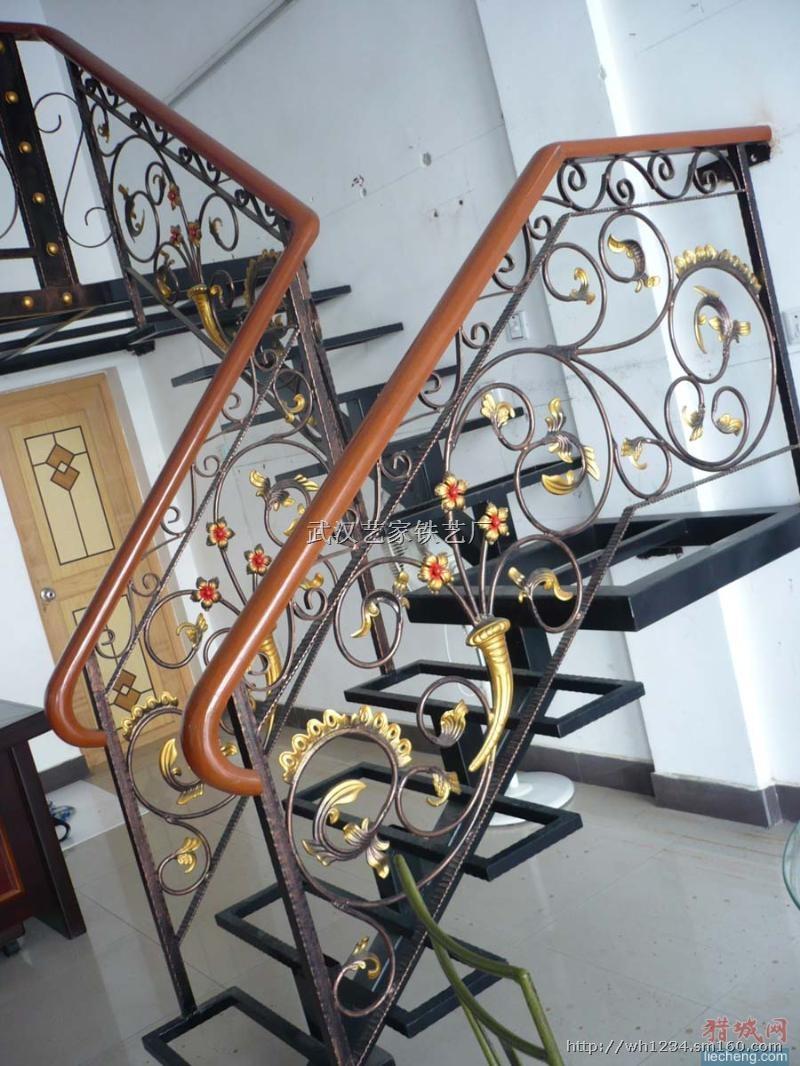 【武汉定制欧式铁艺楼梯】电梯及配件批发价格