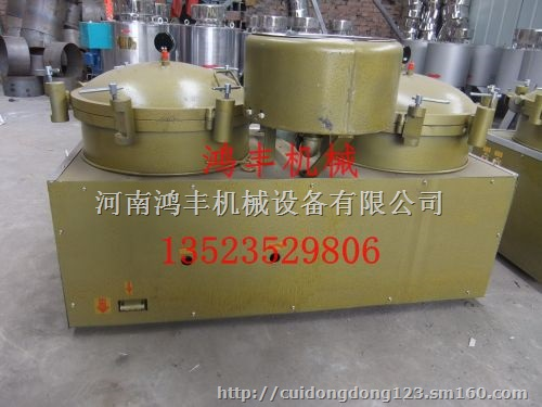 二,气压滤油机工作原理气压滤油机主要由毛油桶,空压机,槽型卡等部件