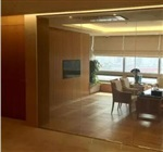 深圳调光玻璃通电透明高清投影多功能应用