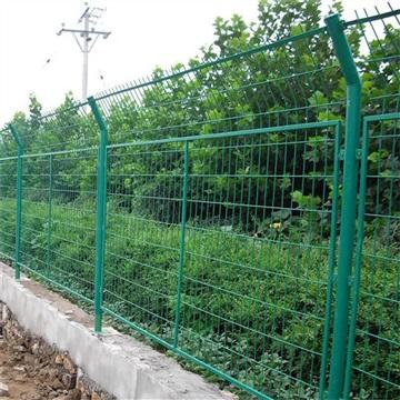 铁路公路圈地护栏网 隔离网围栏网厂家定制安装
