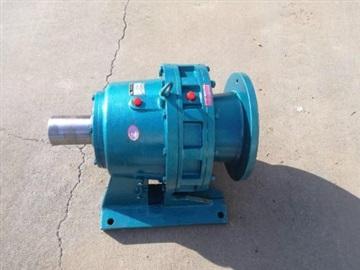 电缆绞线机配用的WPKA120.135蜗轮减速机