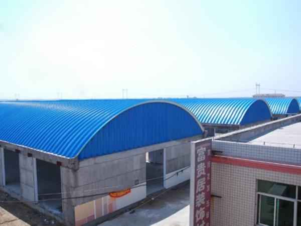 石家庄鹏远拱形屋顶有限公司专业从事设计,制造,安装钢结构拱形屋顶